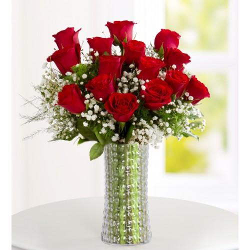 Romantik Kalpler 15 Kırmızı Gül Aranjmanı